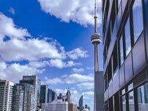 加拿大国家电视塔自白天 库存图片