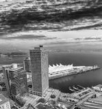 加拿大地方鸟瞰图在温哥华在一个晴天 免版税库存图片