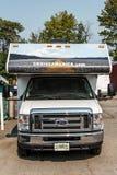 加拿大安大略30 09 2017巡航美国停放的RV露营车汽车  库存图片