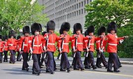 加拿大更改的卫兵渥太华 免版税库存照片