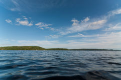 加拿大湖在夏天 免版税库存图片