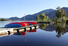加拿大湖BC早晨osoyoos 免版税图库摄影