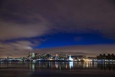 加拿大都市风景蒙特利尔晚上河场面 免版税库存图片