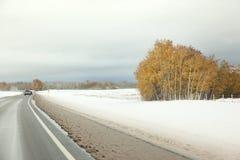 加拿大高速公路在冬天 免版税图库摄影