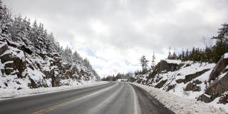 加拿大高速公路在冬天 免版税库存照片