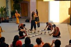 加拿大Philippino舞蹈小组执行 免版税图库摄影