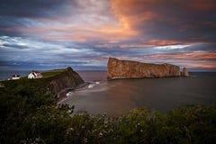 加斯佩Perce岩石魁北克加拿大 免版税图库摄影