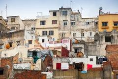 更加气味强烈的摩洛哥 老五颜六色的生存房子 库存图片
