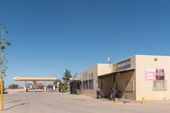 加油站和购物中心在Kalkrand 免版税库存照片