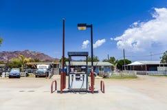加油站在失去的湖,加利福尼亚,美国 库存照片