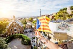 加泰罗尼亚的旗子在巴塞罗那 库存图片