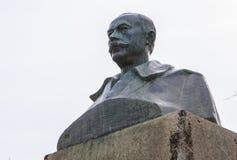 加百利y Galan诗人铜雕塑,普拉森西亚,西班牙 免版税库存照片