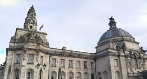 加的夫威尔士市政厅,英国 免版税图库摄影