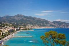 加盖马丁和Roquebrune,法国海滨海岸 免版税图库摄影