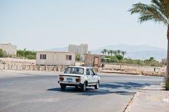 洪加达,埃及2016年8月-20 :菲亚特Nasr 128 GLS berline汽车 免版税库存照片