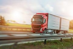 加速的欧洲卡车 库存照片