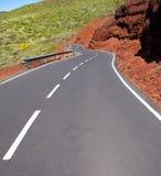 加那利群岛在山的弯曲道路曲线 库存照片
