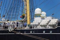 加里宁格勒,俄罗斯- 2016年6月19日:一部分的历史三桅帆Kruzenshtern预先的帕多瓦在加里宁格勒海港停泊了 免版税图库摄影