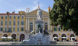 加里波第雕象在加里波第广场在尼斯 免版税图库摄影