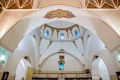 加齐亚瓦尔奥尔汉清真寺内部看法在伯萨,土耳其 库存图片