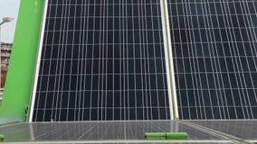 动力化的太阳电池板 影视素材