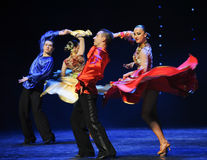 动态颜色裙子这奥地利的世界舞蹈 库存图片