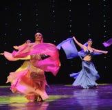 动态围巾土耳其腹部舞蹈这奥地利的世界舞蹈 免版税库存图片