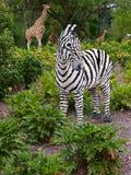 动物佛罗里达长颈鹿legoland徒步旅行队斑马 免版税图库摄影