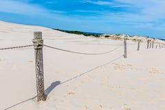 移动的沙丘在波罗的海附近停放在Leba,波兰 免版税图库摄影