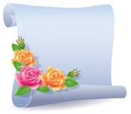 滚动的羊皮纸和玫瑰 图库摄影