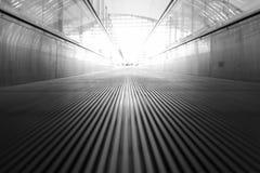 移动的走道和光 免版税图库摄影
