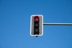 动臂信号机红灯 库存图片