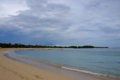 努沙Dua海滩在12月,巴厘岛 免版税库存图片
