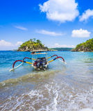 努沙Penida海岛热带海岸线  免版税库存照片