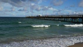 劳德代尔由这海在佛罗里达 免版税库存图片
