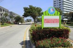 劳德代尔由这海,佛罗里达词条标志 库存图片