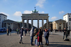 勃兰登堡门是柏林,德国18世纪新古典主义的纪念碑和象  免版税库存照片