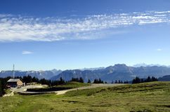 勃朗峰和Tournette山,开胃菜,法国 免版税库存照片