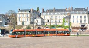 勒芒,法国- 2017年4月03日:城市勒芒萨尔特省卢瓦尔河地区法国的现代部分的看法 免版税图库摄影