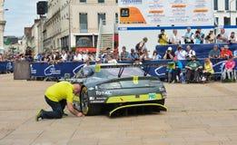 勒芒,法国- 2017年6月11日:赛车的称的,行政和技术检查竞争的24个小时Le man 图库摄影