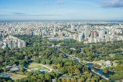 巴勒莫庭院在布宜诺斯艾利斯,阿根廷。 库存照片
