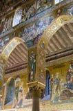 专栏在Palatine教堂里 库存照片