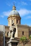 巴勒莫的历史的中心 图库摄影