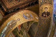 巴勒莫,意大利- 2009年10月13日:圣玛丽亚小山谷`上午教会  图库摄影