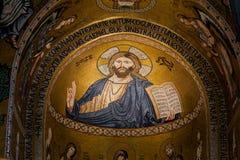 巴勒莫,意大利- 2009年10月13日:圣玛丽亚小山谷`上午教会  库存图片