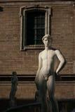 巴勒莫,意大利- 2009年10月13日:广场Preto大理石象  图库摄影