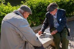 巴勒莫,意大利- 2009年10月14日:老人纸牌 库存照片