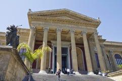 巴勒莫, teatro马西莫 免版税库存图片