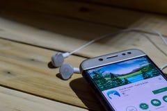 勿加泗,西爪哇省,印度尼西亚 2018年6月28日:由谷歌dev应用的猕猴桃浏览器在智能手机屏幕上 快速&安静的是freew 免版税库存照片