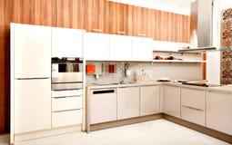 现代厨房设计 免版税库存照片